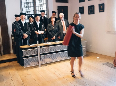 On june 30th, Karlijn Doorn defended her thesis 'Brain-region specific microglial phenotypes and responses in Parkinson's disease'